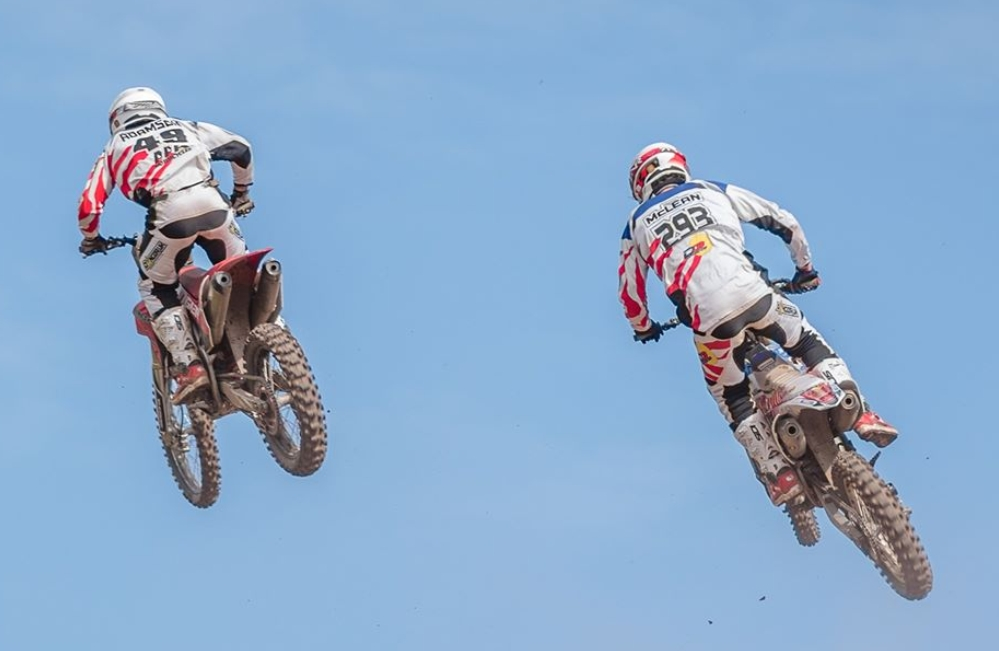 2 riders fly